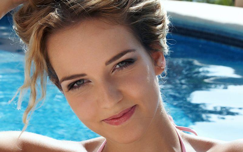 women swimming pools faces wallpaper
