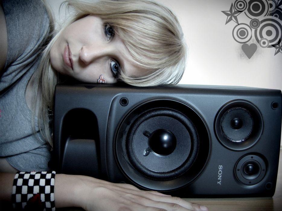 blondes women love music wallpaper