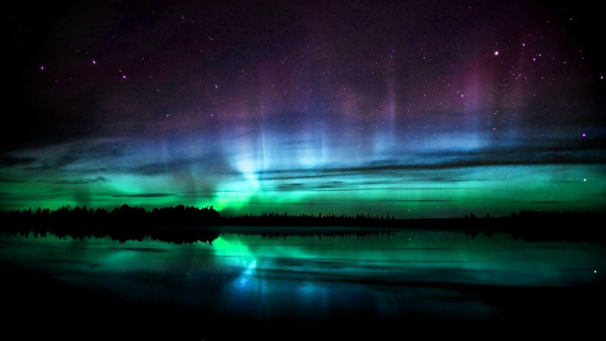 green lights aurora borealis wallpaper