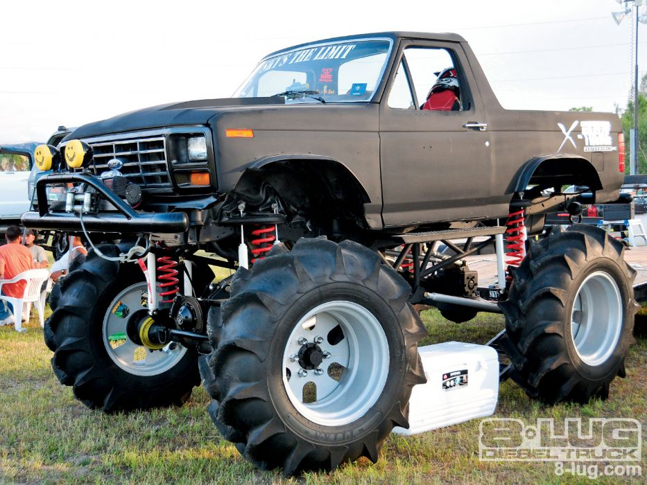 MUD-BOGGING 4x4 offroad race racing monster-truck race racing ford bronco     h wallpaper