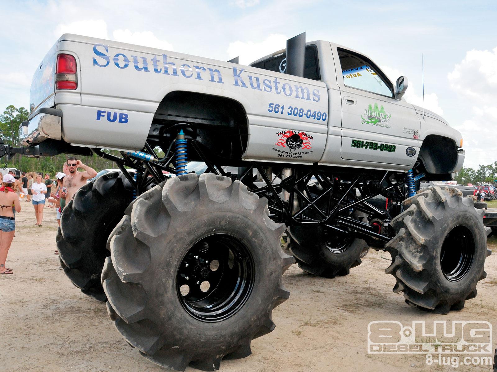 Mud Bogging 4x4 Offroad Race Racing Monster Truck Race