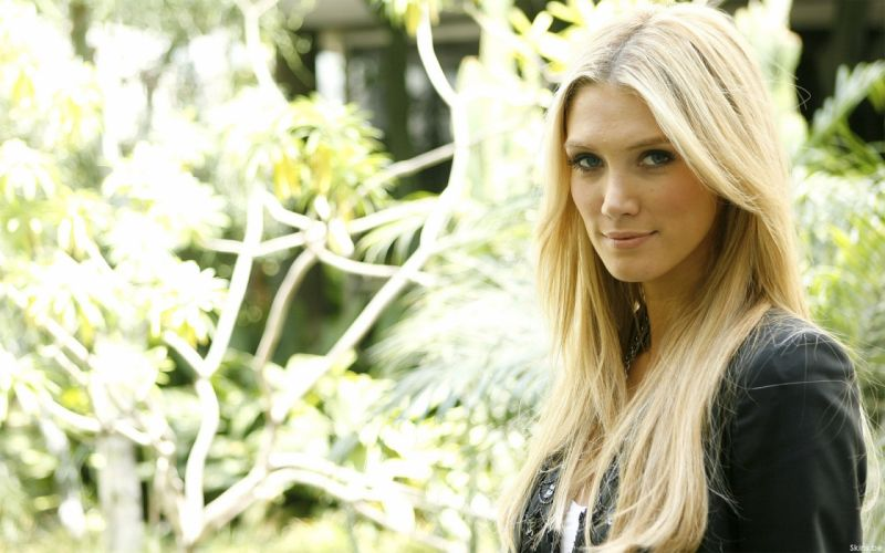 blondes Delta Goodrem singers Australian wallpaper