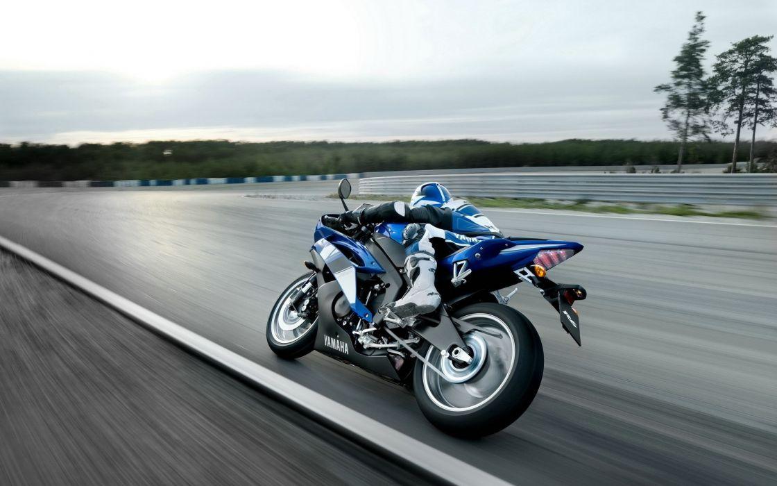 bike Yamaha vehicles wallpaper