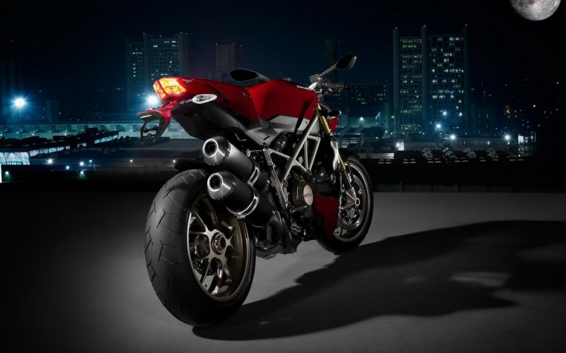 cityscapes urban Ducati vehicles motorbikes wallpaper