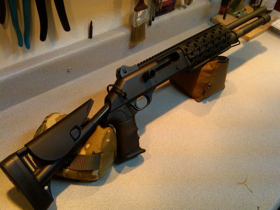 Benelli M-4 super90 weapon gun military shotgun   r wallpaper