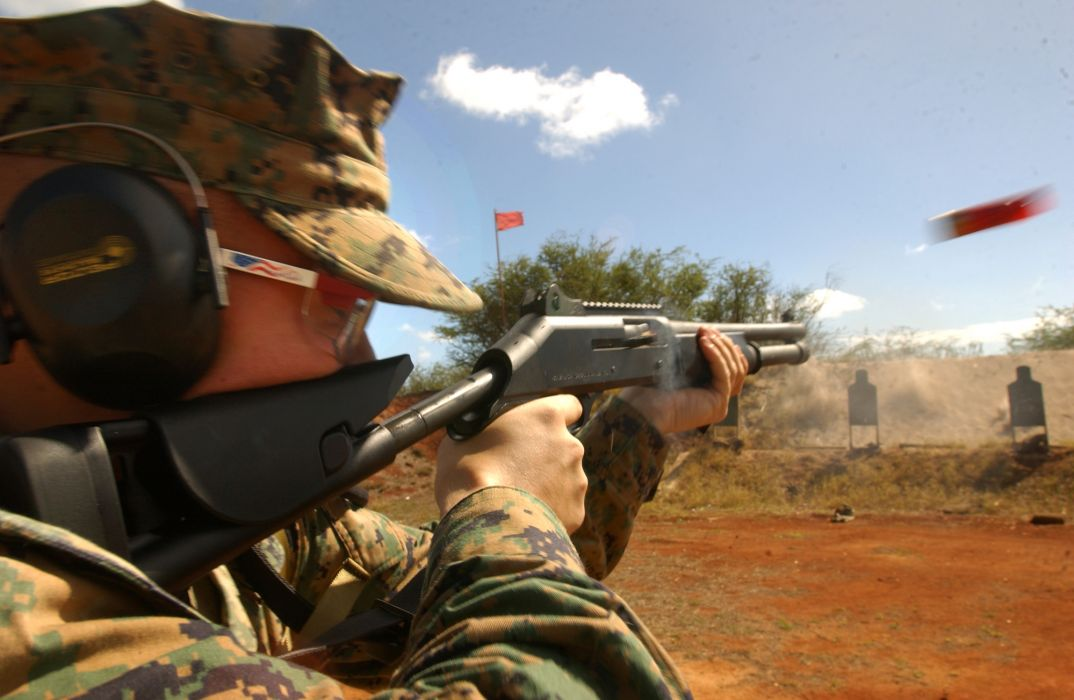 Benelli M-4 super90 weapon gun military shotgun soldier      g wallpaper