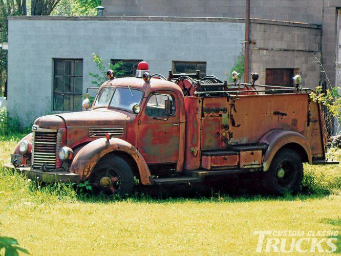 FIRETRUCK emergency retro international g wallpaper