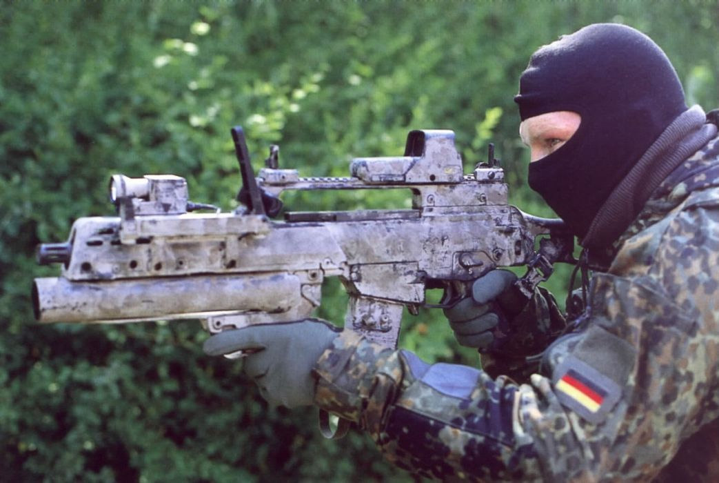 Heckler & Koch G36 weapon gun military rifle soldier    h wallpaper