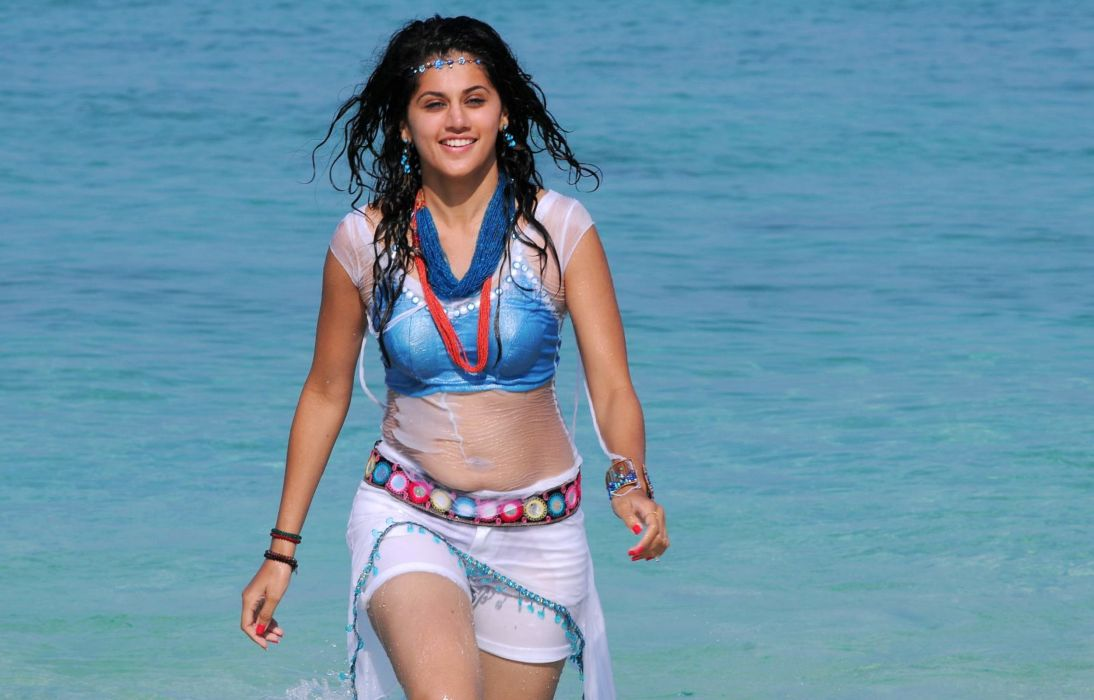 Tapsee wallpaper