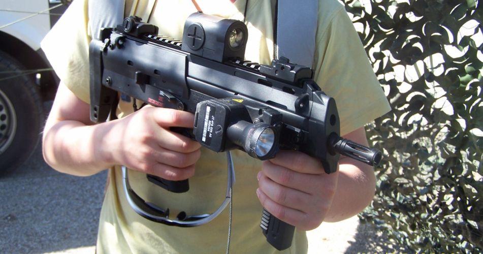 Heckler & Koch MP7 weapon gun military machine t wallpaper