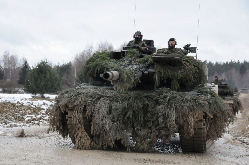 LEOPARD 2 TANK weapon military tanks leopard-2 soldier   fw wallpaper