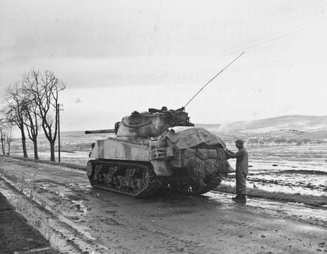 M-4 SHERMAN TANK weapon military tanks retro ye wallpaper