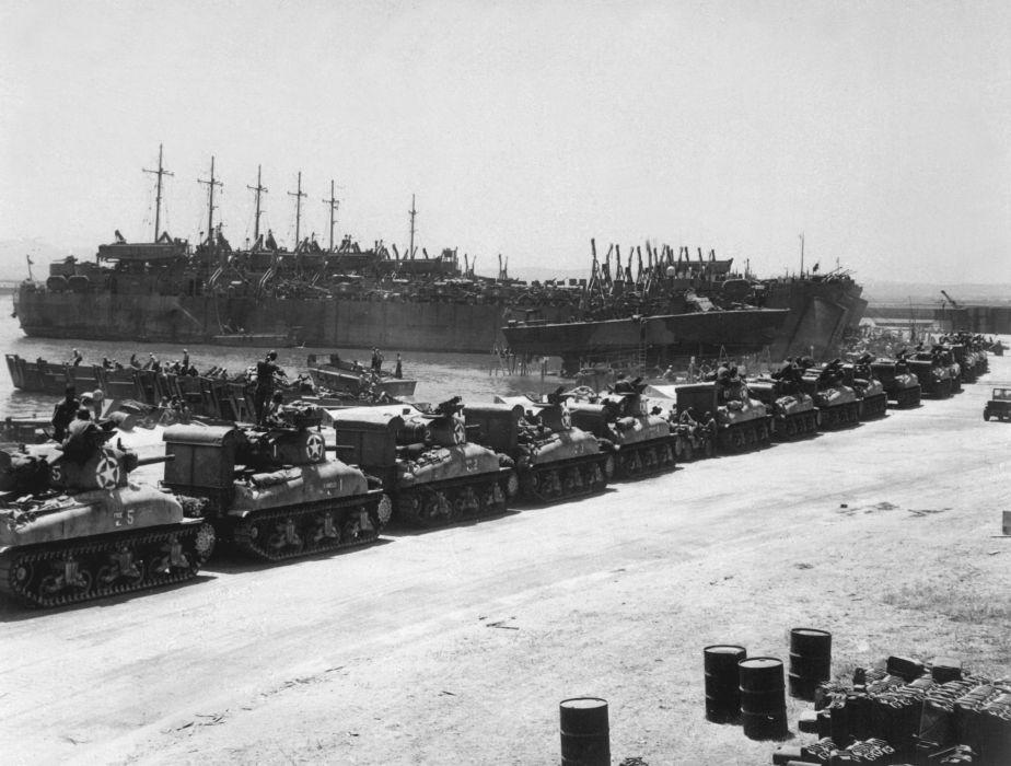 M-4 SHERMAN TANK weapon military tanks retro    tw wallpaper