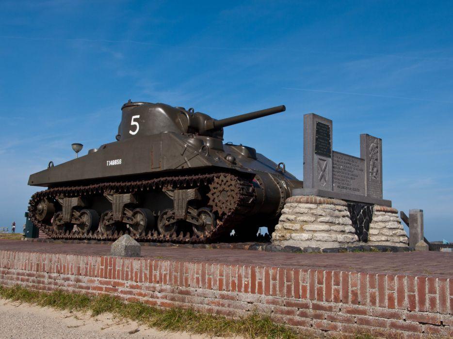 M-4 SHERMAN TANK weapon military tanks retro   e wallpaper