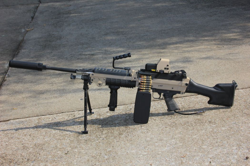 M249 SAW machine weapon gun military    u wallpaper