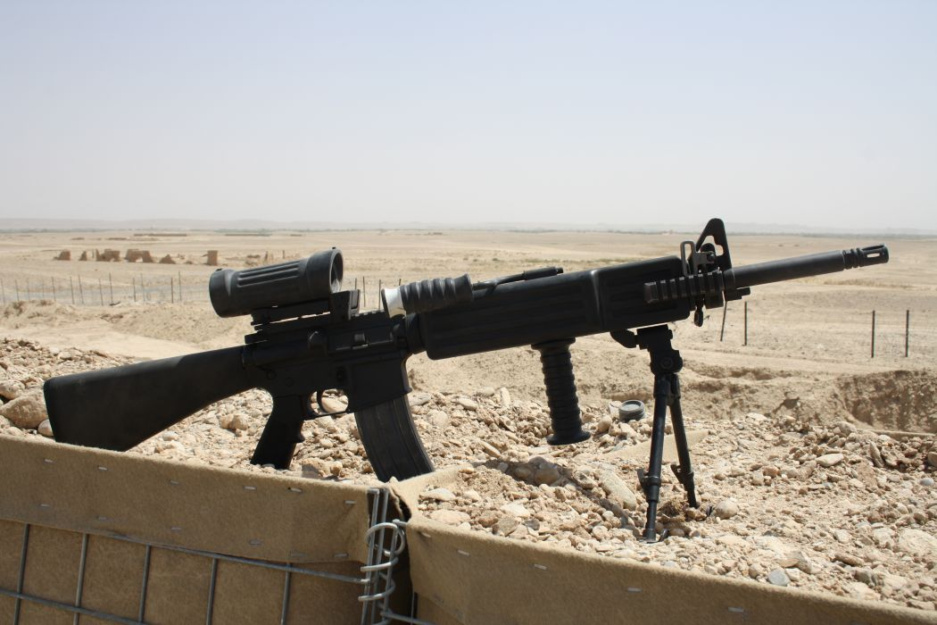 M249 SAW machine weapon gun military    u wallpaper