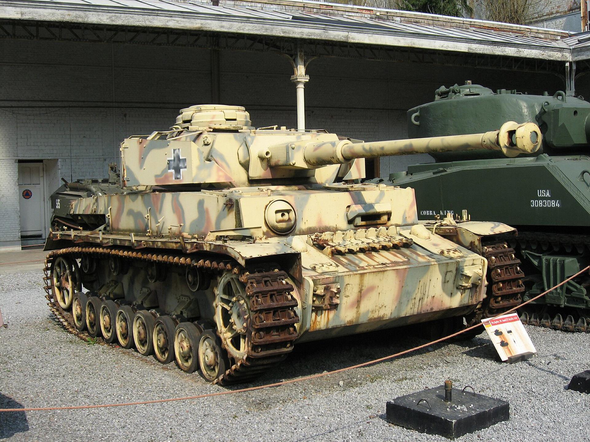 A Short History of Military Tanks - HistoryAccess.com