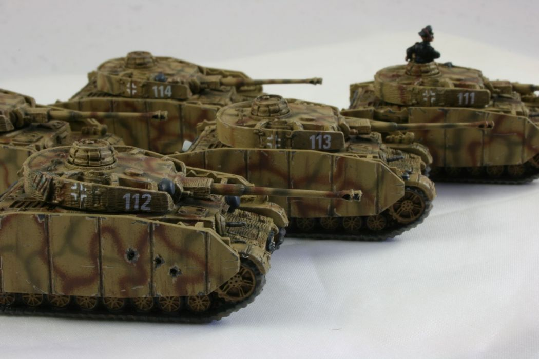 PANZER TANK weapon military tanks retro toy    h wallpaper