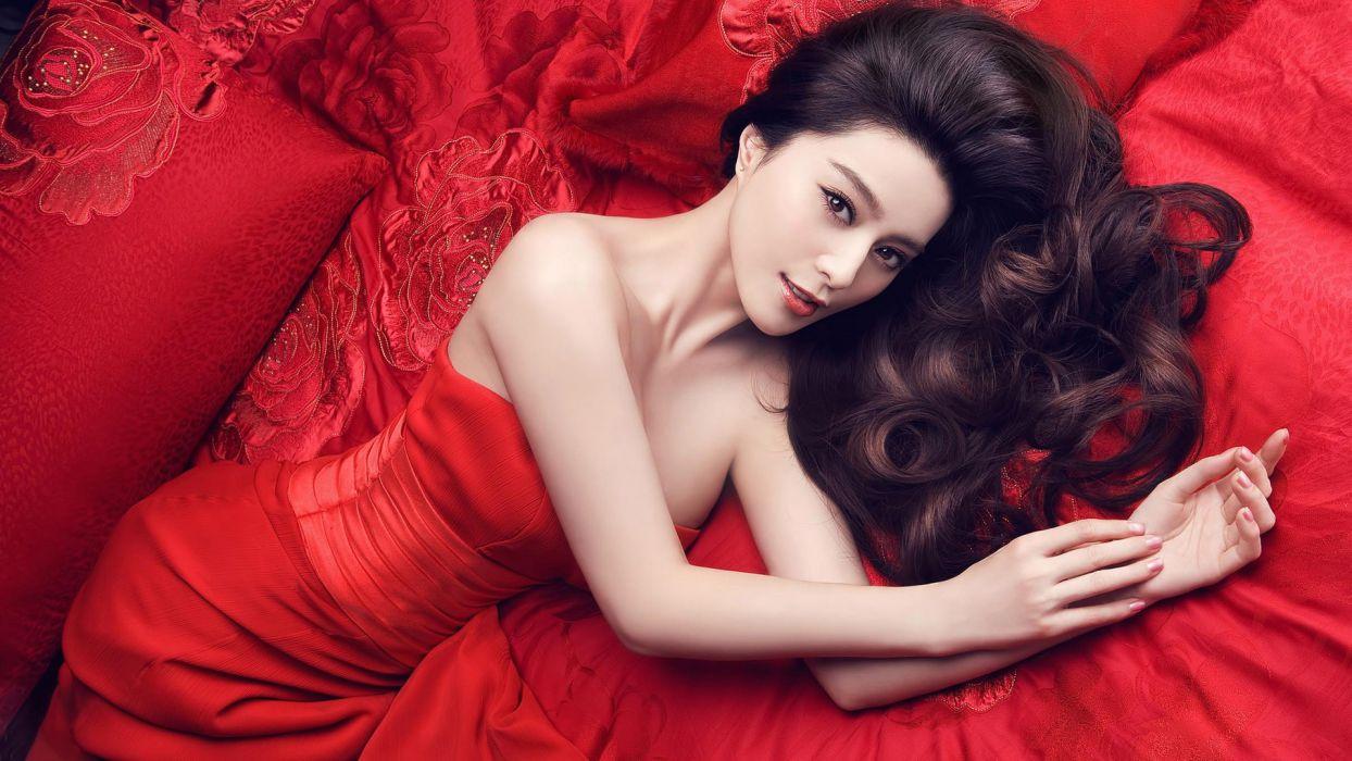women Asians red dress lying down Fan Bingbing wallpaper