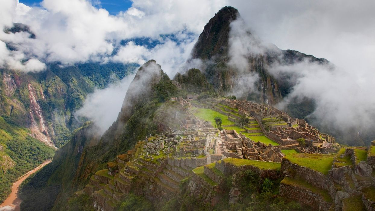 fog Machu Picchu historic wallpaper
