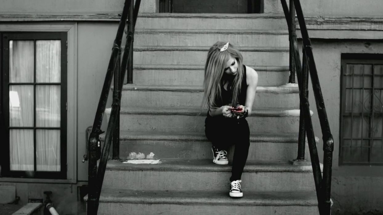 Avril Lavigne stairways monochrome wallpaper
