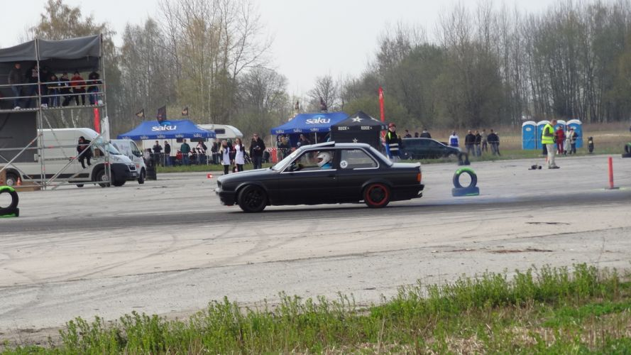 BMW Estonia Nissan Silvia drifting Nissan 200SX Eda drift estonian drift association edmv Tartu Raadi Airfield audi 90 wallpaper