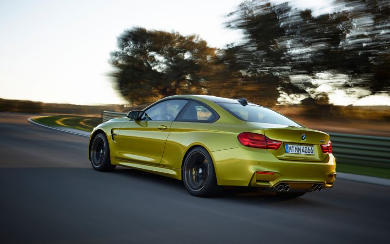 2015 BMW M-4 Coupe h wallpaper