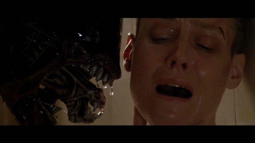 Sigourney Weaver Aliens movie wallpaper