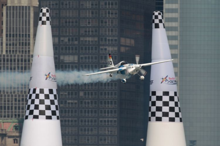 RED-BULL-AIR-RACE airplane plane race racing red bull aircraft ue wallpaper