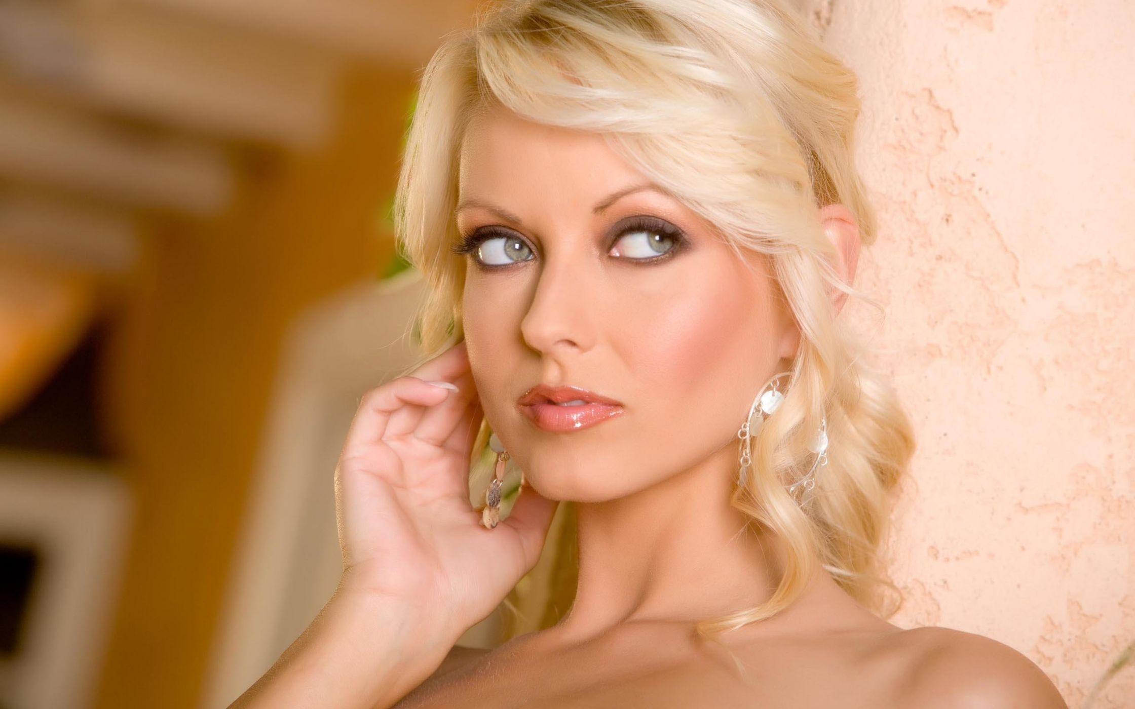 zrelie-simpatichnie-blondinki-foto