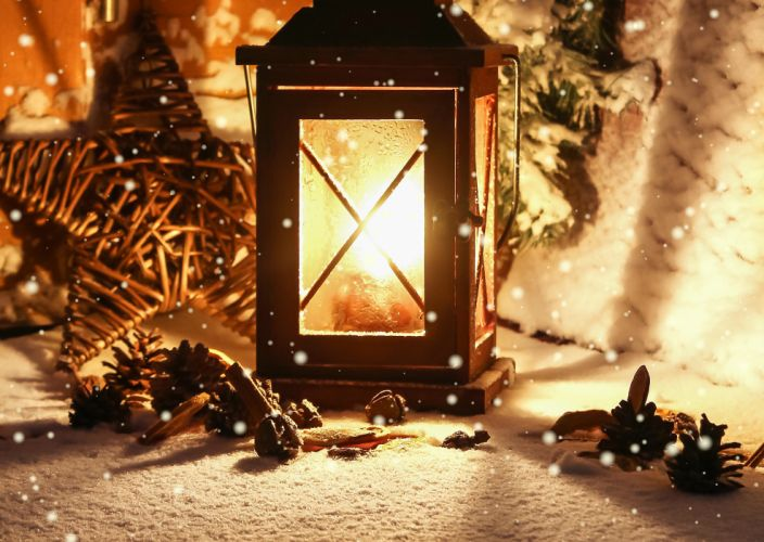 winter flashlight candle light lantern lamp bokeh f wallpaper