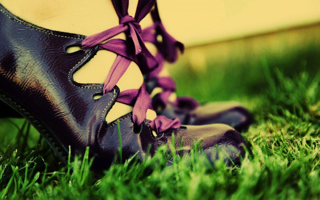 women grass shoes wallpaper