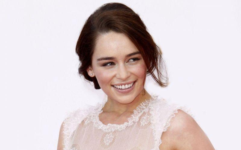 women actress Emilia Clarke wallpaper