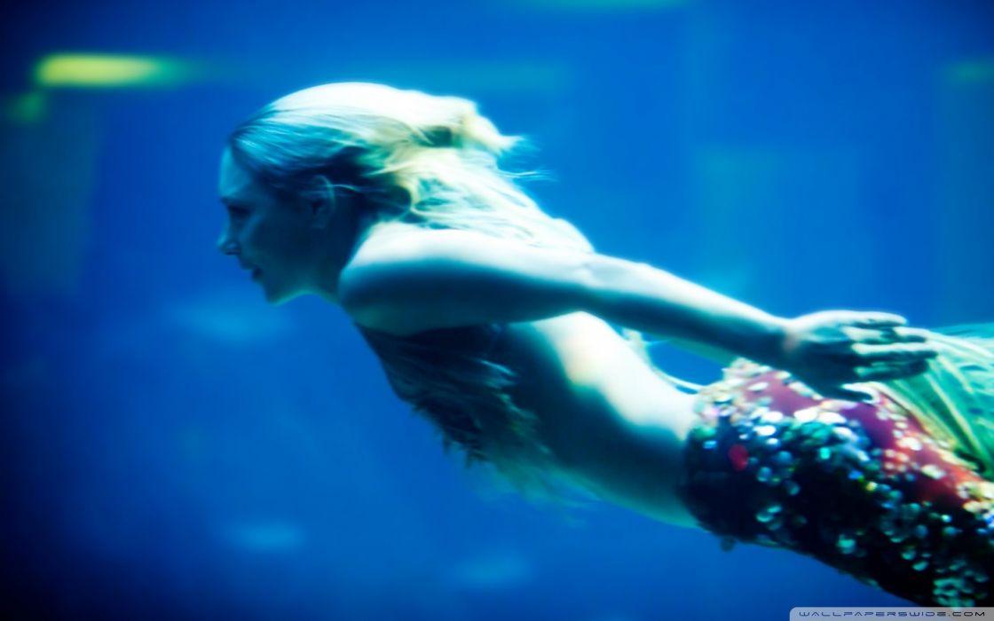 women mermaid models saw wallpaper
