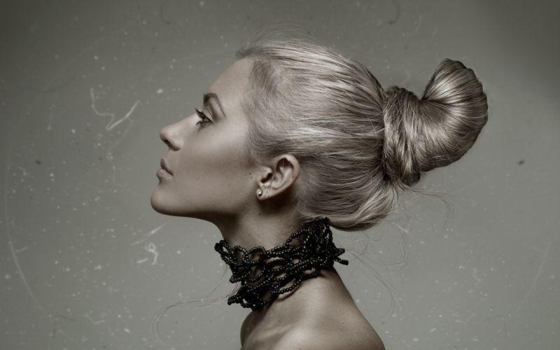 women necklaces faces wallpaper