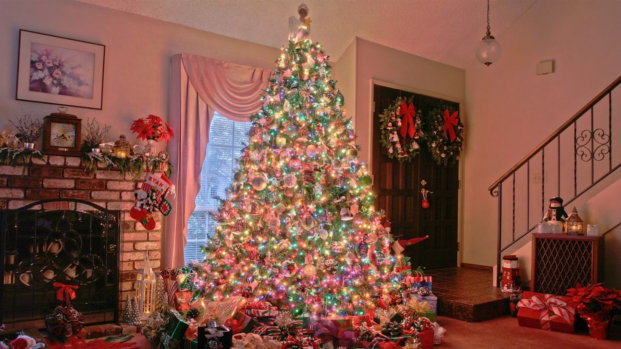 home new year Christmas tree garlands lights gifts wallpaper