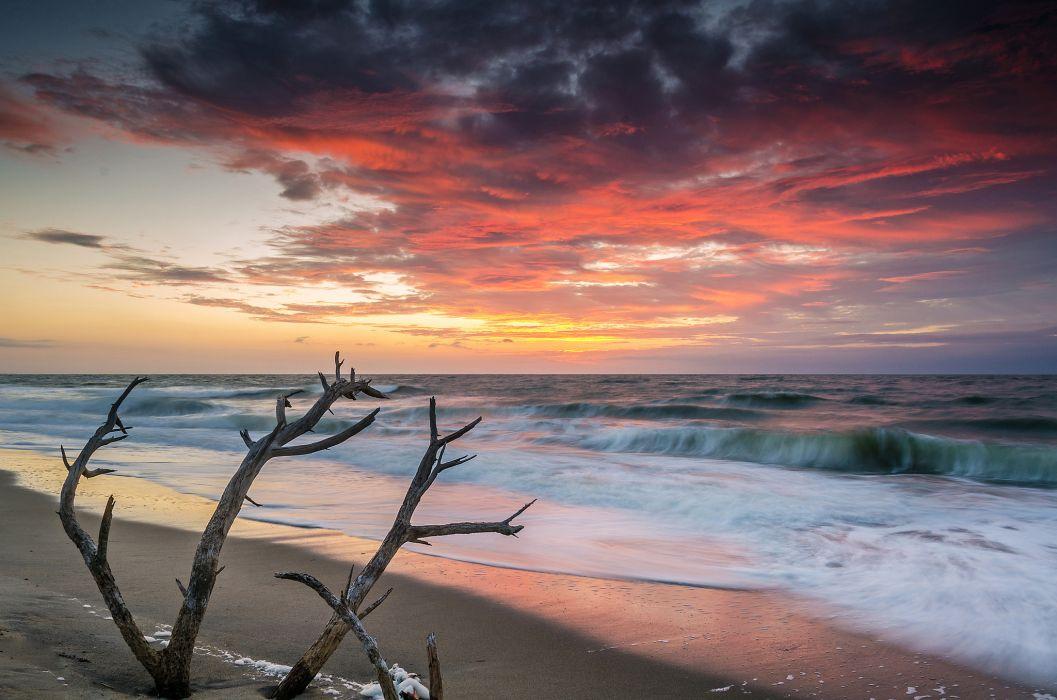 sea dawn waves beach morning wallpaper