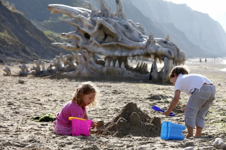 Skull DragonsBeach Sand Little girls Children fantasy wallpaper