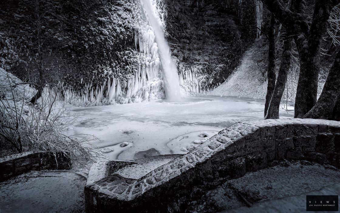 Waterfall BW Winter Snow wallpaper