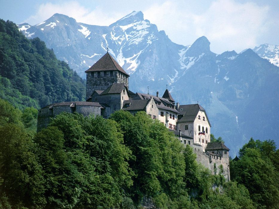 Liechtenstein castle wallpaper