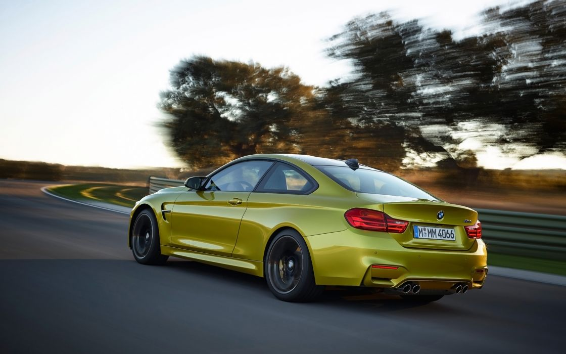 2014 BMW M-4 Coupe  r wallpaper