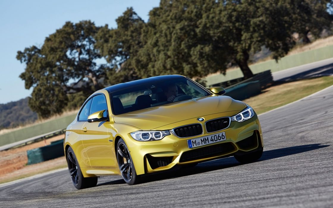 2014 BMW M-4 Coupe  g wallpaper