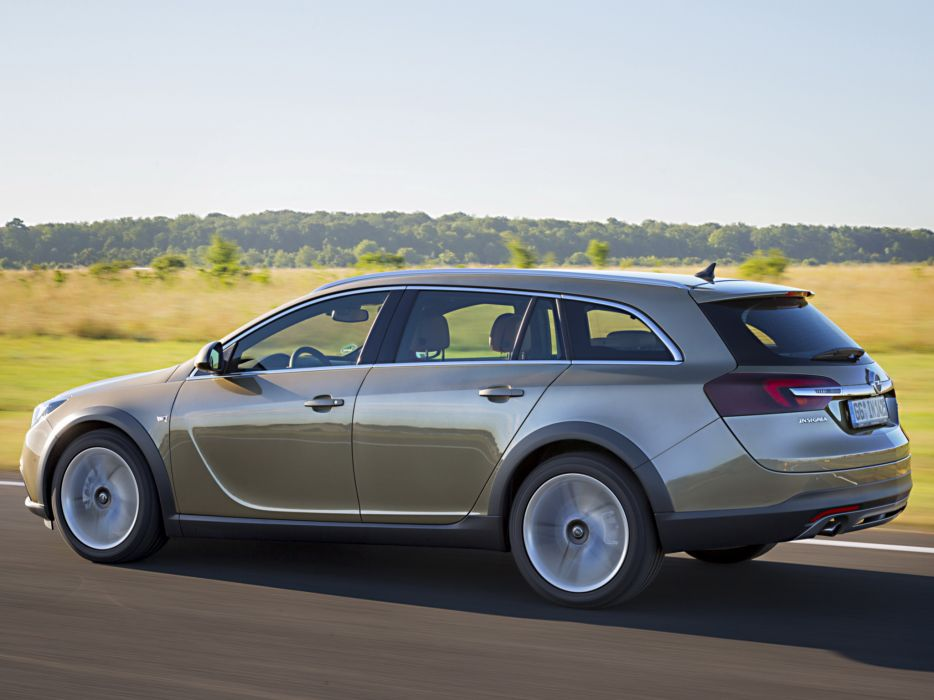 2014 Opel Insignia Country Tourer stationwagon     g wallpaper