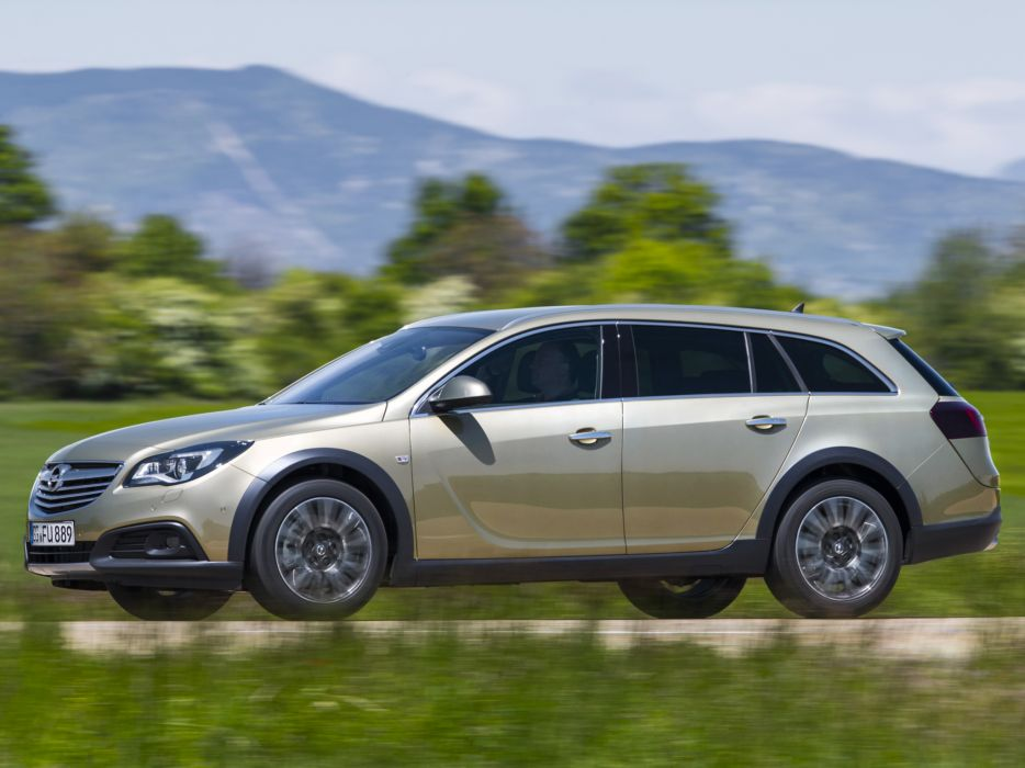2014 Opel Insignia Country Tourer stationwagon    f wallpaper