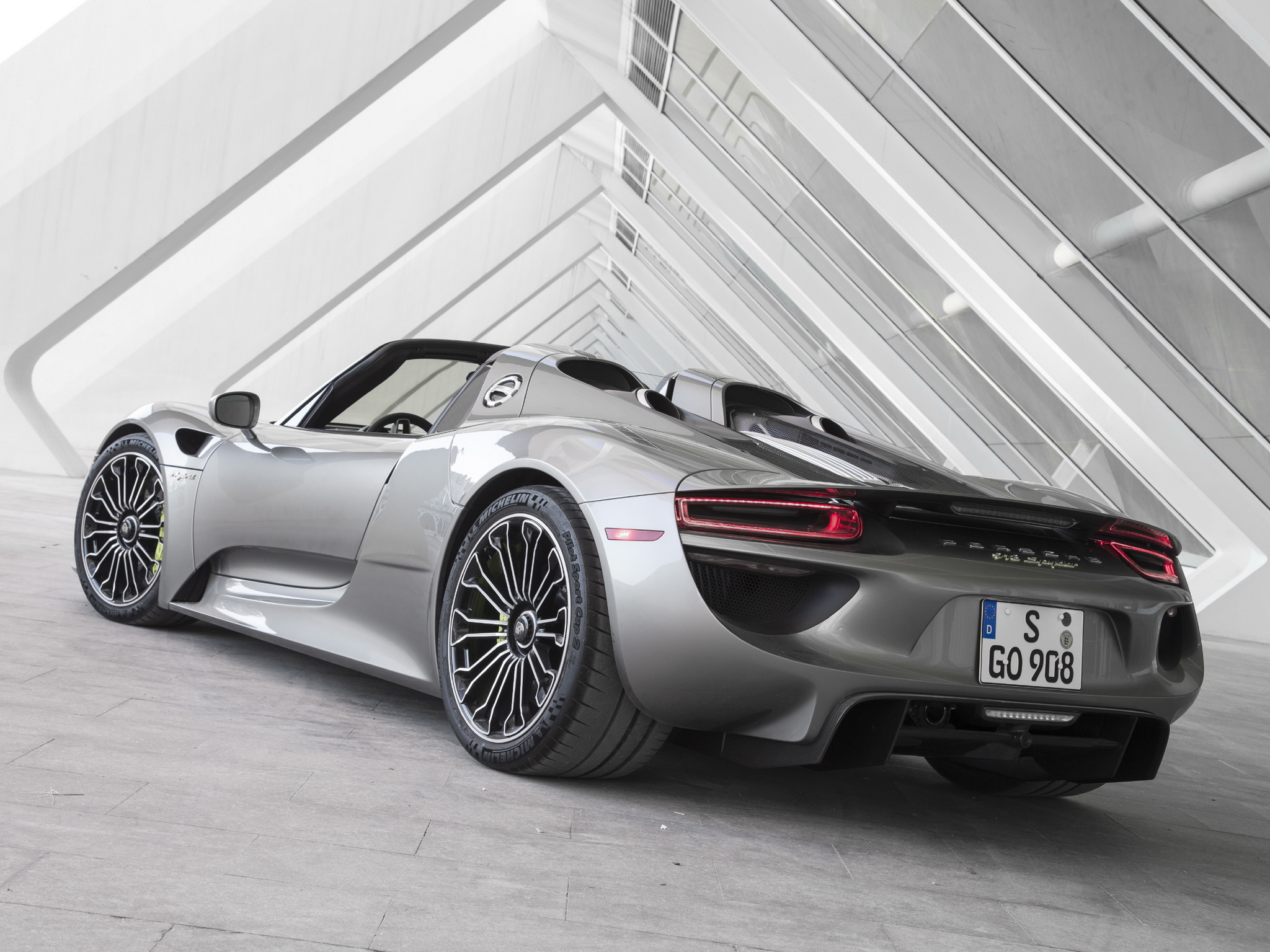 2014 Porsche 918 Spyder US Spec F Wallpaper