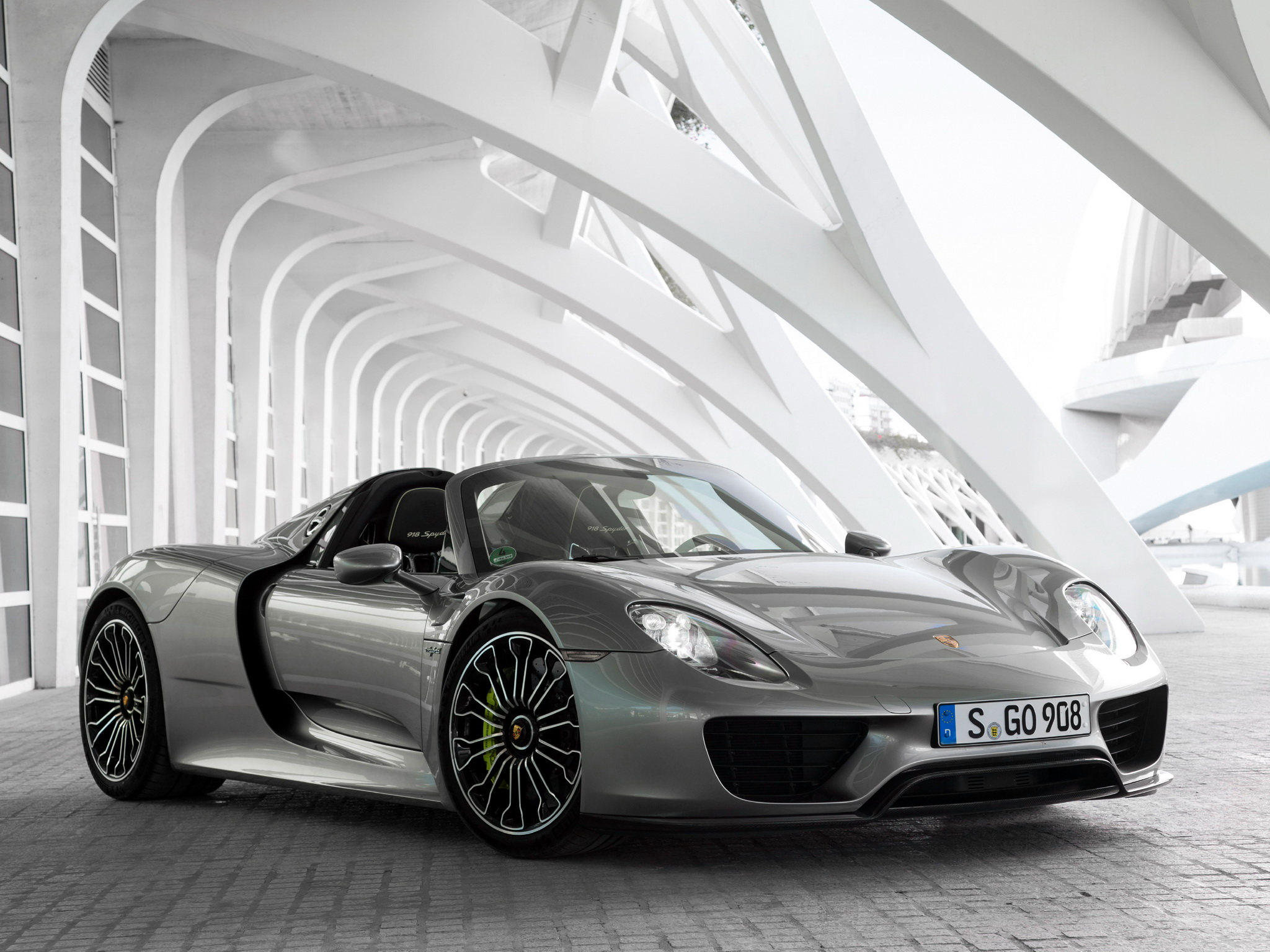 2014 porsche 918 spyder us-spec a wallpaper | 2048x1536 | 198003