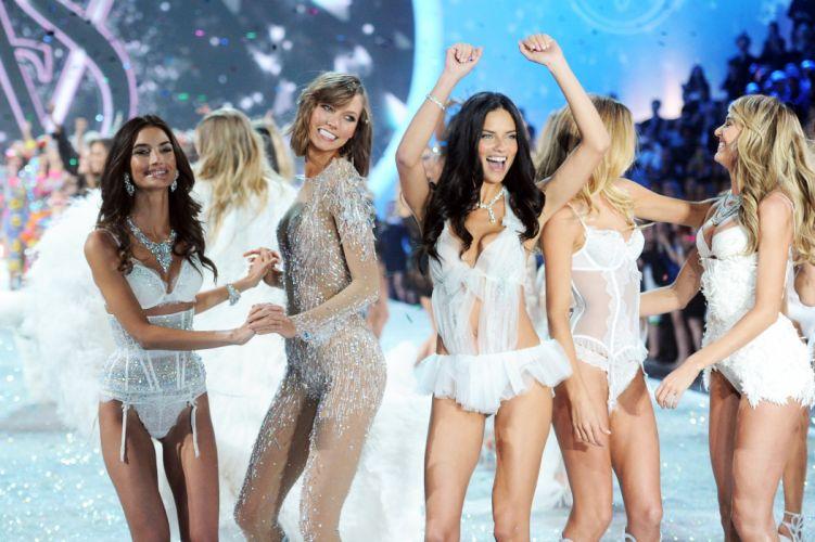 2014 VICTORIAS SECRET fashion model style sexy babe glamour ye wallpaper
