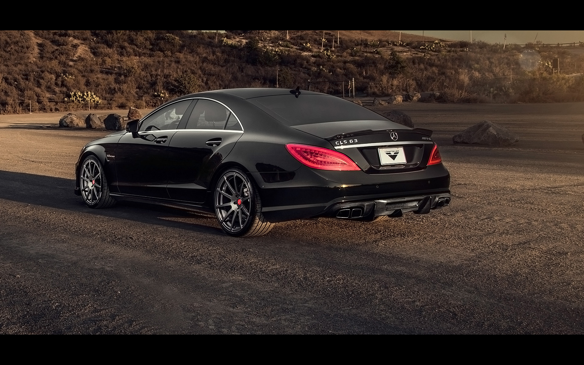 2014 vorsteiner mercedes benz cls63 amg sedan tuning. Black Bedroom Furniture Sets. Home Design Ideas