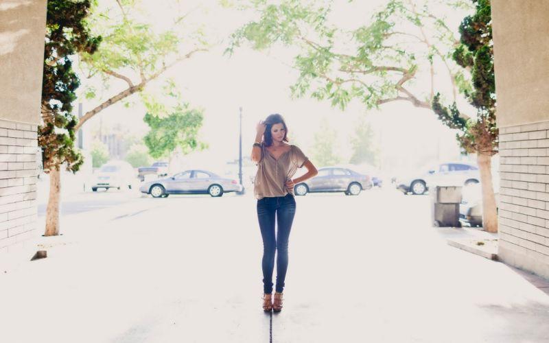 brunettes women jeans gap overexposure streetscape wallpaper