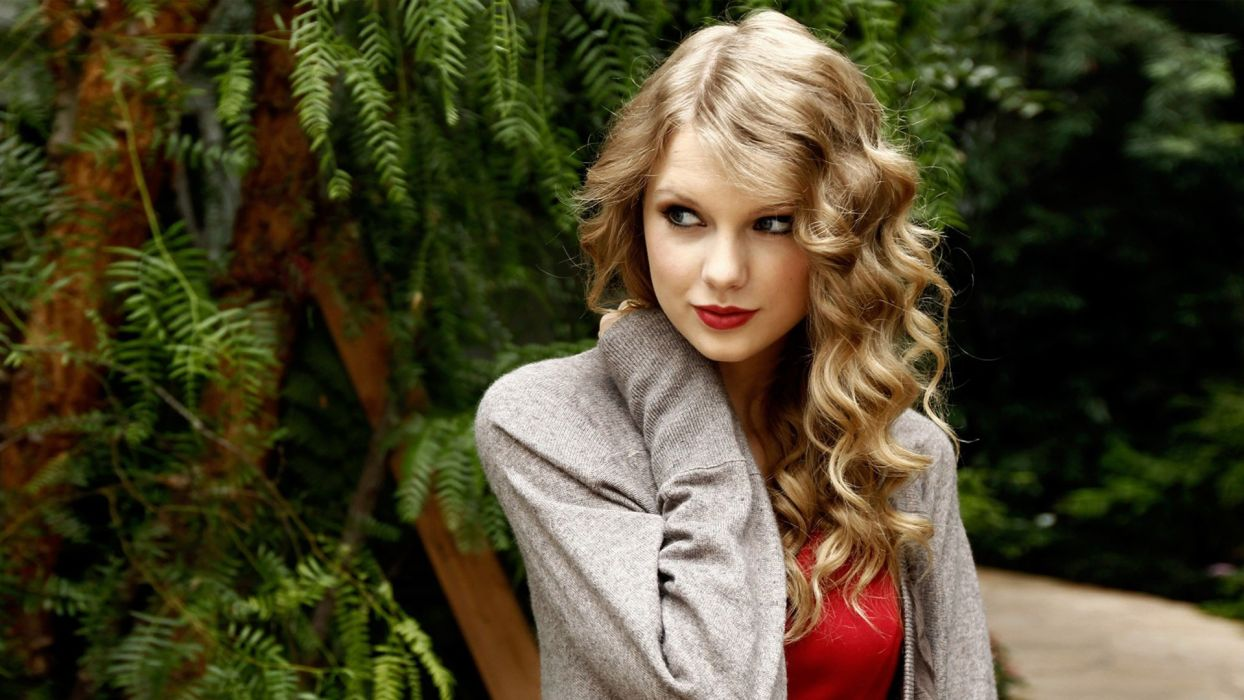blondes women Taylor Swift long hair outdoors singers sweaters wallpaper